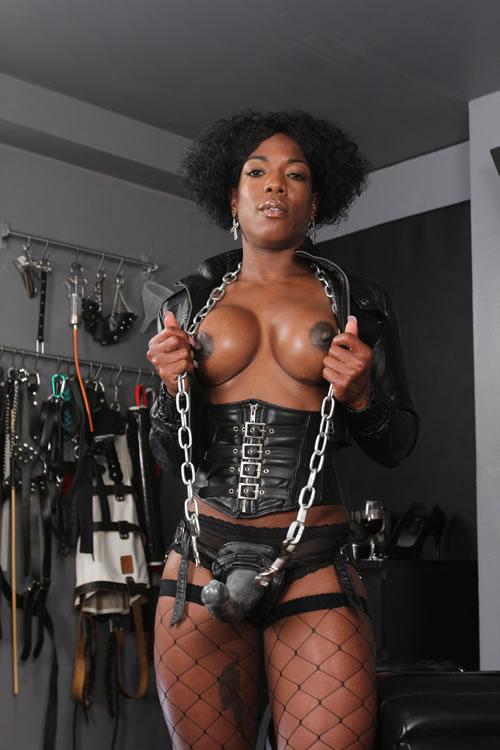 anushka-nude-black-femdom-category-gallery-tires-milf-cum