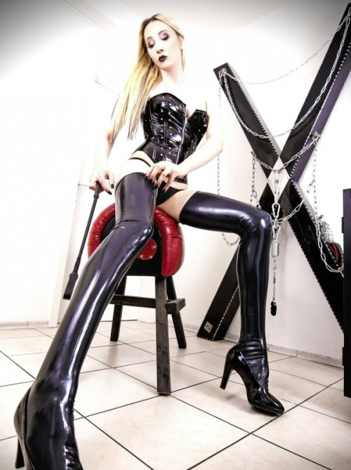galeriedesade: Neu: Ts Lady Melissa cordess | Femdom