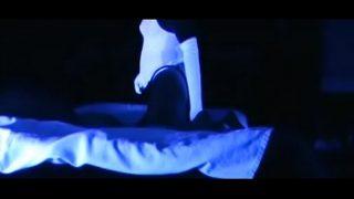 glow in the dark pegging strapateur com 320x180 1