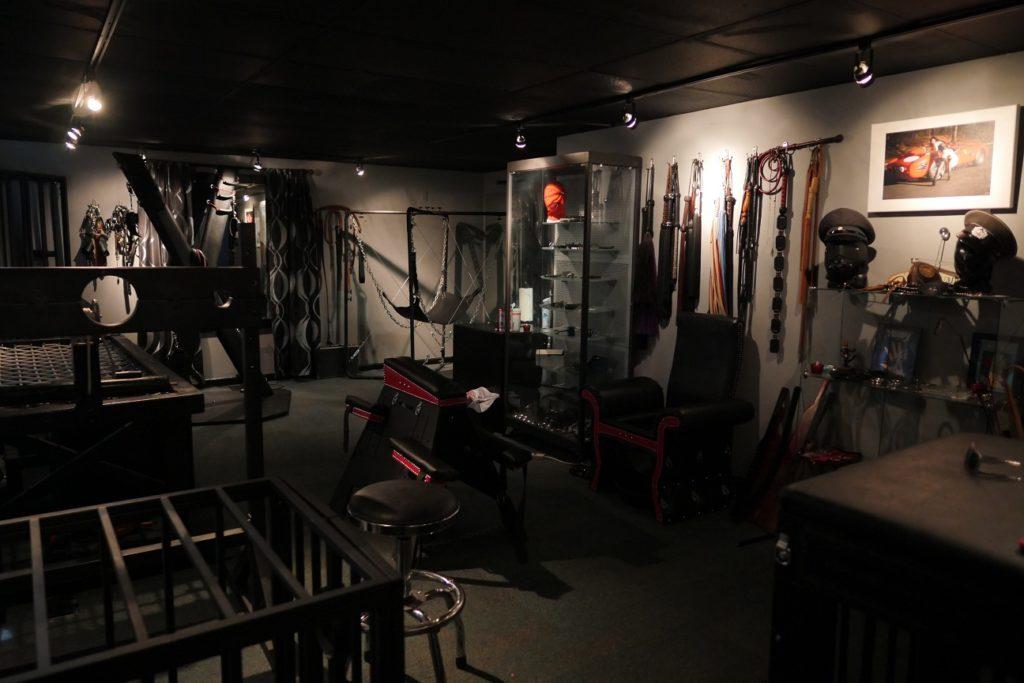 AD main room small 1024x683 2